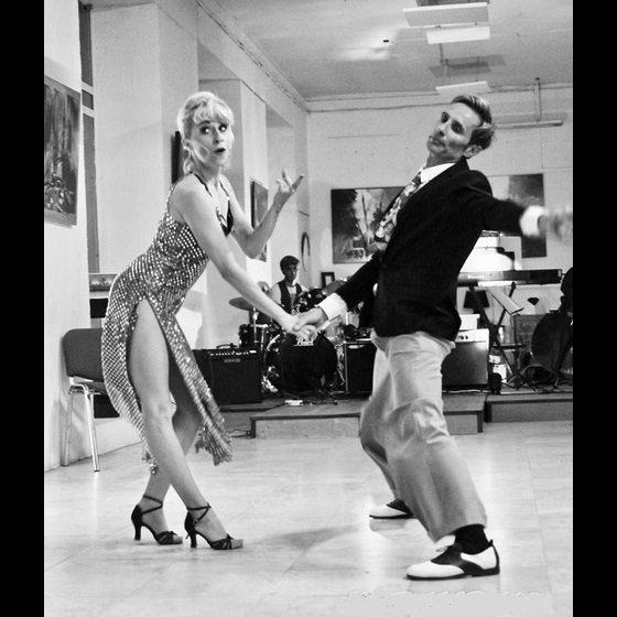 Apprendre à danser le boogie à 3step en formule de stage avec Linsey et Maurice